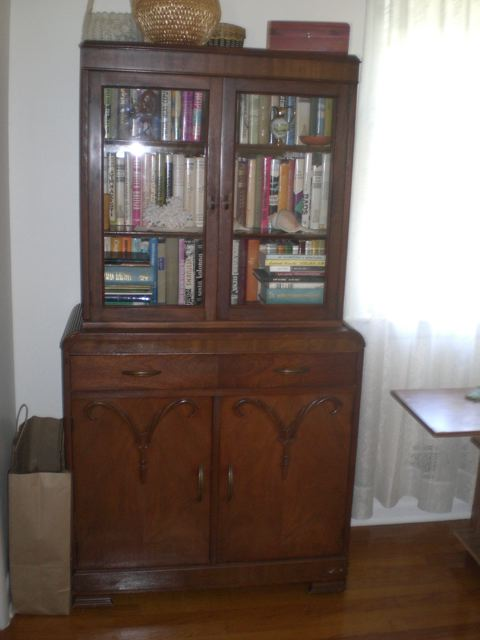 Elza's Book Case